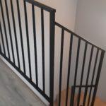 Metalowa balustrada firmy Vitroglass
