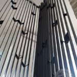 Nowoczesna metalowa balustrada.jpg