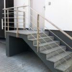 Metalowa balustrada do schodów