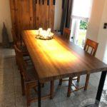 Porządny stół drewniany wykonany z drewna firmy vitroglass